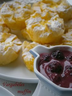 Vargabéles muffin Hungarian Recipes, Oreo, Macaroni And Cheese, French Toast, Muffin, Food And Drink, Pudding, Breakfast, Ethnic Recipes