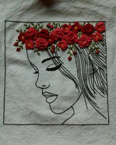 꽃화관을 쓴 여인... 생각보다 오래걸려 완성~ #Illustration  hand embroidery  #일러스트자수