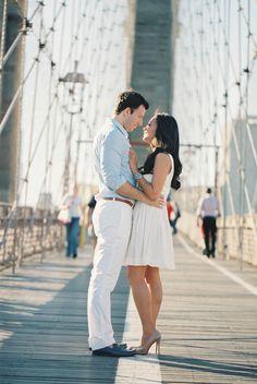 Brooklyn Bridge Engagement Photos | photography by http://carmensantorellistudio.com/