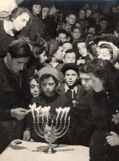 """Résultat de recherche d'images pour """"hanouccah 1940 sugihara"""""""