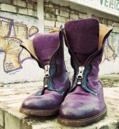 Feature Keaton in Purple