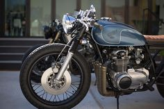 Good looking CB550 with an equally good story behind it.   Brotherly Build - Honda CB550 Cafe Racer ~ Return of the Cafe Racers