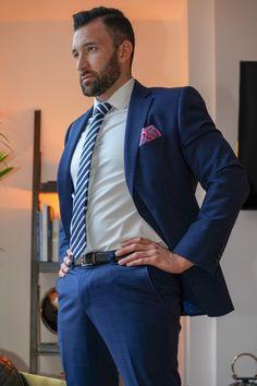 Mens Fashion Suits, Mens Suits, Men In Tight Pants, Costume Sexy, Men Dress Up, Mode Man, Blue Suit Men, Formal Men Outfit, Beefy Men