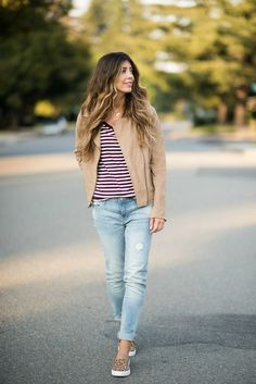 Fall Essentials with Gap Factory Fall Fashion Outfits, Autumn Fashion, Fashion Tips, Men's Fashion, Fashion Bloggers, Gap Outfits, Casual Outfits, Brown Jacket, Looks Style