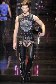 Versace Men's RTW Fall 2014 / repinned on toby designs