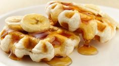 Need breakfast in a hurry?  Try these little waffles that start with refrigerated biscuits!