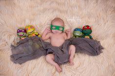 newborn photography, ninja turtle, newborn posing.
