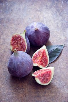 Check out Figs by letterberry on Creative Market - Aesthetics - Fruit Fruit Photography, Still Life Photography, Fruit And Veg, Fresh Fruit, Food Wallpaper, Fruit Painting, Still Life Photos, Fruit Art, Vegetables Garden
