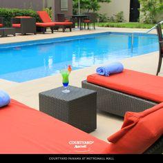 ¡Tarde de piscina! Un momento ideal para relajarte durante tu estadía. #Panama #Hoteles Reservaciones: panama.reservas@r-hr.com. www.marriott.com/ptymm
