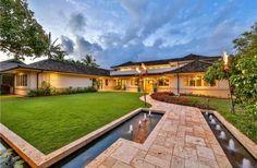 Hawai'i Lavish tropical living in prestigious Honolulu. Listed by: Sachi Braden   Sachi Hawaii - Pacific Century Properties LLC