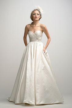 Watters Brides Roxanne Gown - POCKETS!