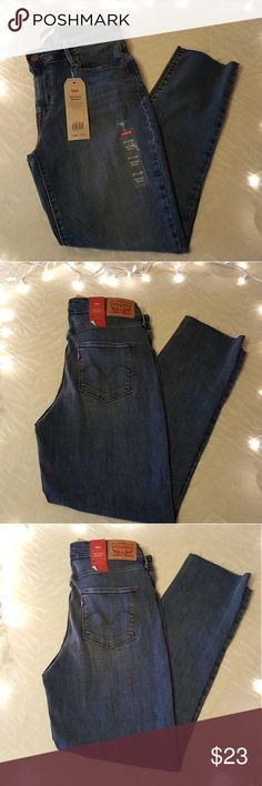 NWT Levi's Distressed Cropped Hem Skinny Jeans NWT Levi's Distressed Cropped Hem Skinny Jeans   31 X 29 (not 32 as tags state)   Cotton/polyester/spandex blend   Midrise Skinny jeans Levi's Jeans Skinny