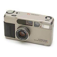 CONTAX|T2 Other Alexa Chung's cameras: Contax TV III, Fuji Instax,LOMO Diana F+, Tvs III.