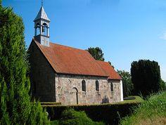 Billede fra http://www.kirkefotos.dk/Randlev-Kirke/7-Randlev-Kirke.jpg.