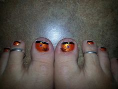 Fun Halloween nails :)