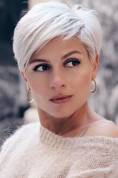 14 New Best Pixie Cut Ideas for 2020 Short Grey Hair Cut Ideas Pixie Short Hairstyles For Thick Hair, Short Grey Hair, Short Pixie Haircuts, Curly Hair Styles, Curly Short, Pixie Haircut Styles, Pixie Haircut For Thick Hair, Hairstyles Haircuts, Blonde Pixie Hairstyles