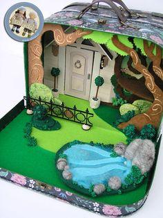 Suitcase set (garden part) by Lalinda. Diy Crafts For Kids, Art For Kids, Mini Mundo, Felt Animal Patterns, Small World Play, Tin Art, Christmas Tree Design, Fabric Toys, Fairy Dolls