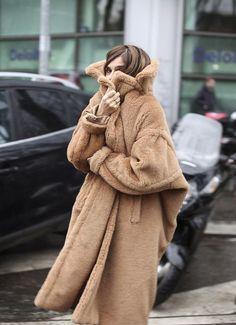 coat www.redreidinghood.com