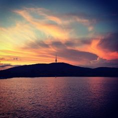 Thanks to Instagrammer timji for this gorgeous Canberra image!