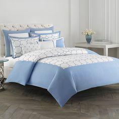 Wedgwood is a company that has been around for ages. Known for timeless design in table top and dinnerware, Wedgwood is now entering the soft home category with newly designed comforters and duvet covers. Bed Styling, Beautiful Bedrooms, Wedgwood, Bedding Collections, Home Bedroom, Bed Spreads, Bedding Sets, Duvet Covers, Bed Pillows