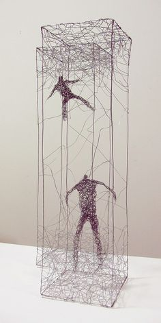Urbanised wire sculptures Barbara Licha 6