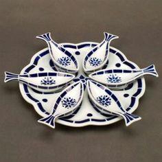 LaTienda.com - Deluxe Platter with Fish Trays by Sargadelos