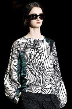 Dries Van Noten Fall 2011 Ready-to-Wear