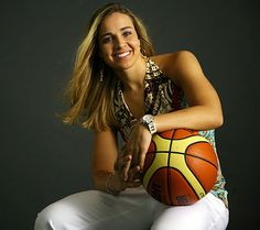 San Antonio Spurs hire Becky Hammon as First Full Time Female Assistant Coach in All of the Major Male USA Professional Sports Cowboy Spurs, Manu Ginobili, David Robinson, Wnba, Texas Usa, San Antonio Spurs, Football Fans, Female Athletes, Sports Women