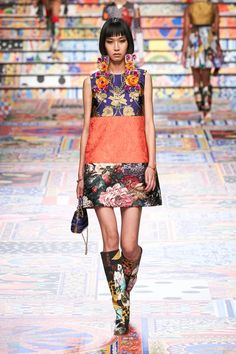 Mega Fashion, Fashion News, Fashion Show, Fashion Looks, Fashion Design, Fashion Trends, Dolce & Gabbana, Runway Fashion, Spring Fashion