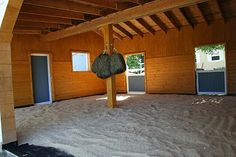 Run in shed but it looks more like a group barn. Super low care barn / stall / indoor riding arena if you do it right - cool idea for shed Horse Shelter, Horse Stables, Horse Farms, Horse Paddock, Horse Shed, Dream Stables, Barn Layout, Horse Farm Layout, Barn Stalls