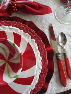 #Trollbeadswishlist  Don't forget the red plates!