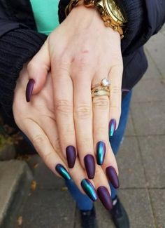 30 Trendy nails ideas coffin beauty Nails - New Site Purple Chrome Nails, Metallic Nails, Cute Acrylic Nails, Fun Nails, Purple Shellac Nails, Dark Purple Nails, Bright Nails, Irridescent Nails, Crome Nails