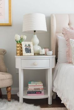 Blogger Jessica Sturdy of /bowsandsequins/ shares her Chicago Parisian-chic bedroom design. // Blush Pink and White with touches of Gold
