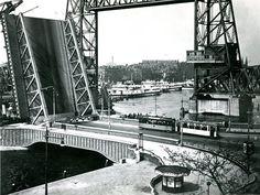 Rotterdam - Koninginne- en de hefbrug.  1931