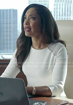 Jessica's white lace shoulder dress by Jason Wu on Suits.  Outfit Details: http://wornontv.net/50672/ #Suits