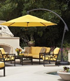 Patio Umbrellas Create A Shady Oasis And Add Privacy To Your Outdoor E Plus They Inject An Interesting Vertical Element Horizontal