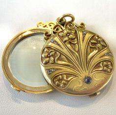 Rare Art Noveau Locket / Mirror with Diamonds and Sapphire    Russian C1895