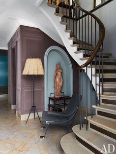 Stefano Pilati's Paris Duplex Apartment Renovation : Architectural Digest Interior Stairs, Best Interior, Home Interior Design, Design Interiors, Duplex Apartment, Apartment Renovation, Apartment Ideas, Paris Apartments, Apartments For Sale