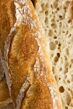 Successful cuts and a large pore, very aromatic crumb: baguettes of anise Bouabsa
