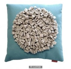 Loop cushion blue and cream