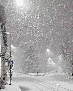 let it snow .let it snow.let it snow. - tüdelü , let it snow .let it snow.let it snow. let it snow .let it snow.let it s Winter Szenen, Winter Love, Winter Magic, Winter Night, Winter White, Snowy Day, Snowy Weather, Snow Scenes, All Nature