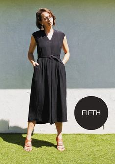 Meet our newest pattern – the Demi Pant! This pull-on, cropped pant pattern features an elasticised waist and full leg with side stitched down pockets. Linen Dress Pattern, Dress Sewing Patterns, Pants Pattern, Sewing Clothes, Diy Clothes, V Neck Dress, Dress Up, Bella Dresses, Black Linen