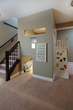 Kids play room built in