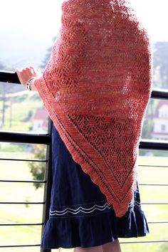 Cavallo Point shawl : Knitty First Fall 2012 - So much to love in this issue of Knitty! I will have to live to be 500 years old to do all the knitting projects I have collected and read all the books downloaded (free!) to my Kindle!