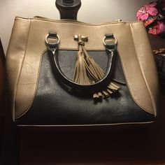 Handbag with removable straps Two tone purse. Worn twice. Unsure!!  Other