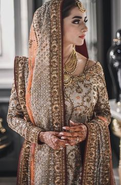 Muslim Brides Who Wore The Most Stunning Wedding Outfits Ever! Muslim Brides Who Wore The Most Stunning Wedding Outfits Ever Pakistani Wedding Outfits, Muslim Brides, Pakistani Bridal Dresses, Pakistani Wedding Dresses, Pakistani Dress Design, Bridal Outfits, Indian Muslim Bride, Pakistani Bridal Couture, Pakistani Bridal Jewelry