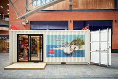 Havaianas, Pop Up Container, Bristol - Double Retail Container Conversions, Customer Experience, Shopping Center, Retail Design, Bristol, Cabot Circus, Service Design, Pop Up, House Design