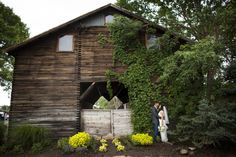 A beautiful barn wed