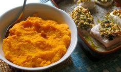 Ofengebackener Seelachs mit Pinienkernen, Süßkartoffelmus und Soja-Buttersauce