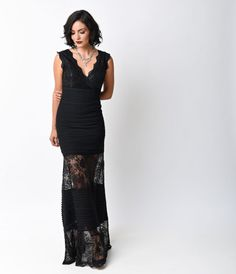 Ol! This sultry 1930s inspired gown is crafted in alternati
